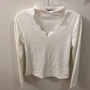 Long sleeve scallop top